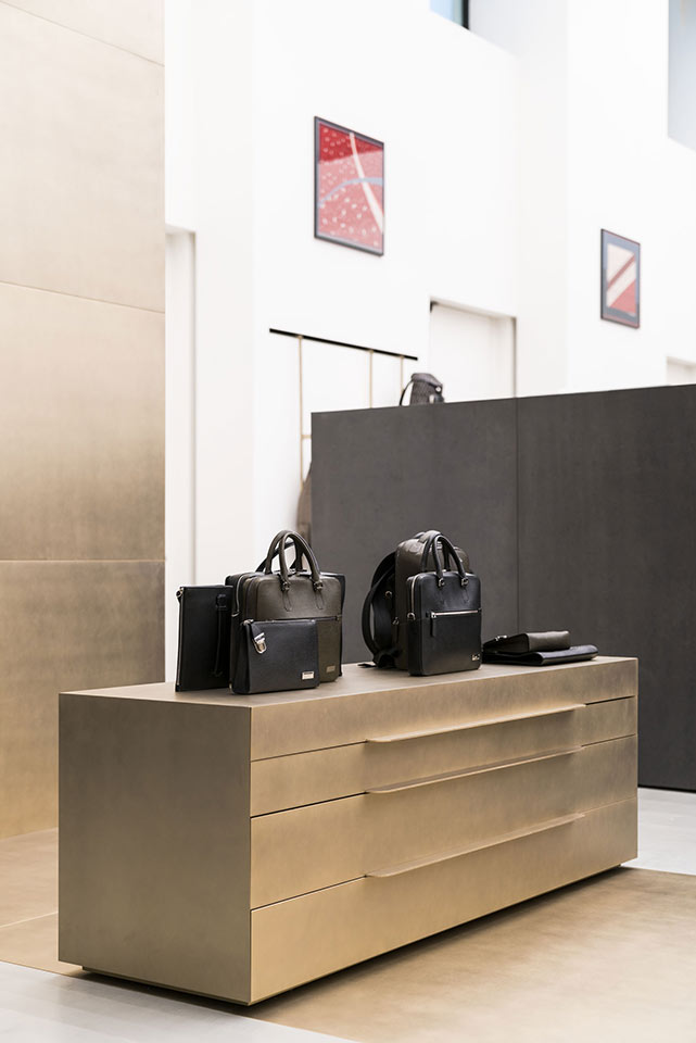 BALLY SHOW ROOM, MILANO VIALE PIAVE 42